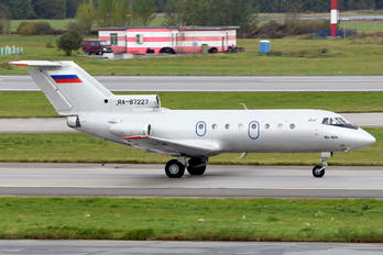 RA-87227 - Barkol Yakovlev Yak-40