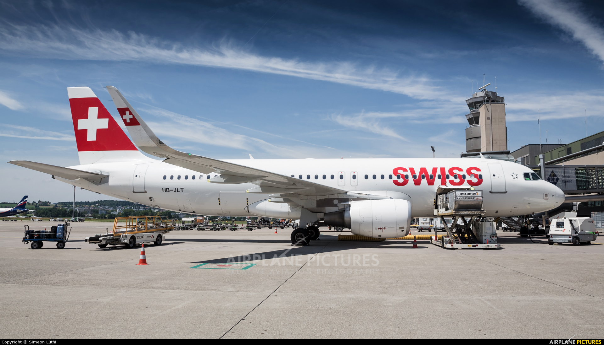 Swiss HB-JLT aircraft at Zurich
