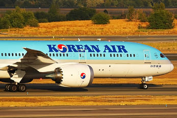 HL8082 - Korean Air Boeing 787-9 Dreamliner