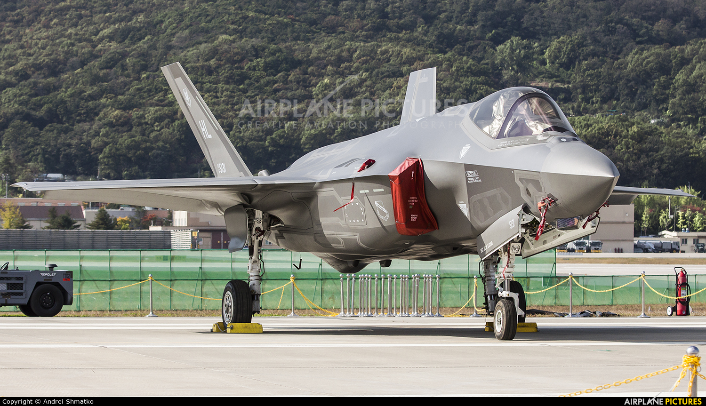 USA - Air Force 15-5131 aircraft at Seongnam AB