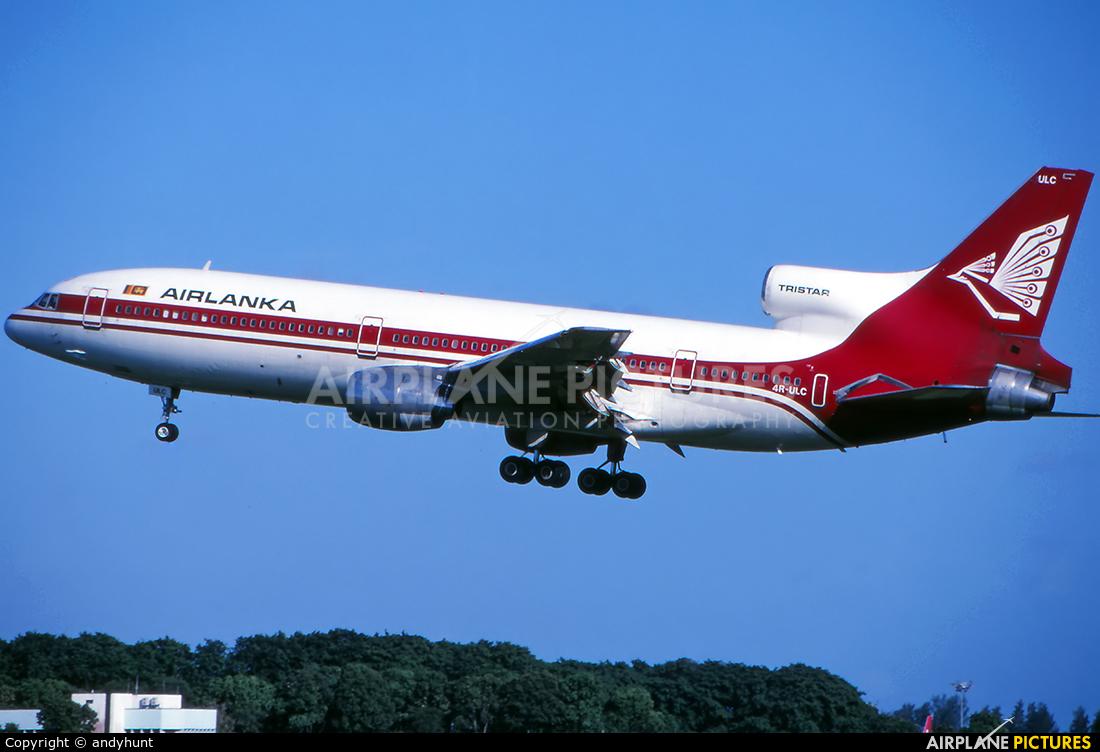 Air Lanka 4R-ULC aircraft at Singapore - Changi
