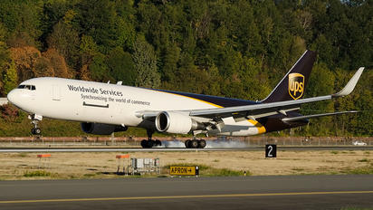 N342UP - UPS - United Parcel Service Boeing 767-300F