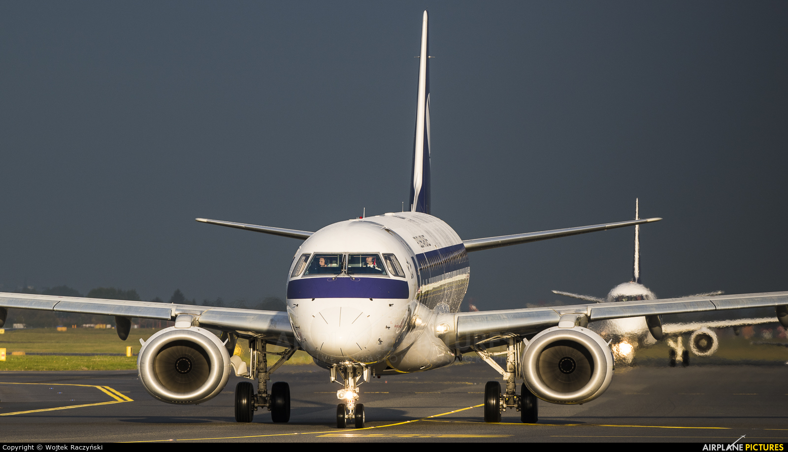 LOT - Polish Airlines SP-LNB aircraft at Warsaw - Frederic Chopin