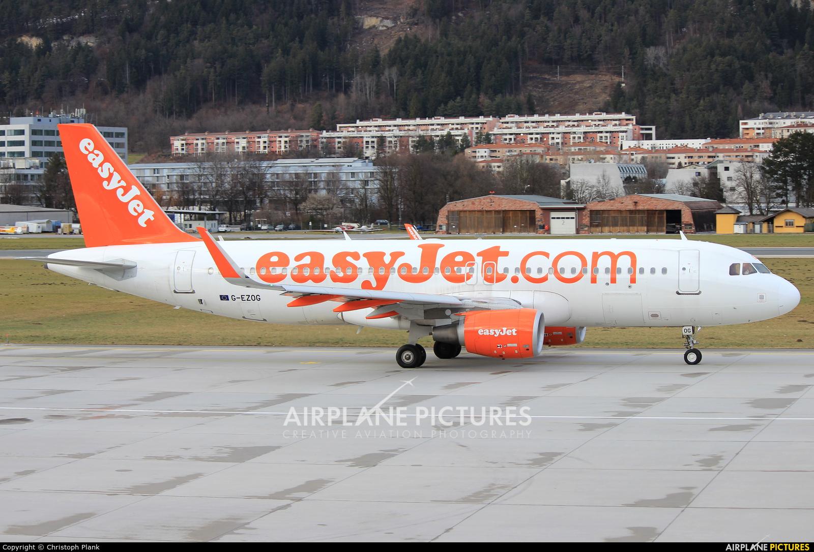 easyJet G-EZOG aircraft at Innsbruck