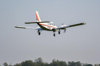 2-TAXI - Private Piper PA-34 Seneca