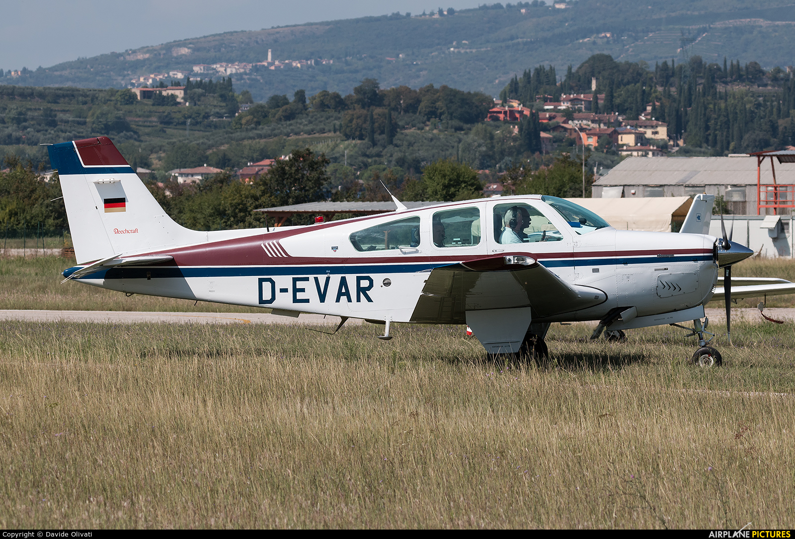 Private D-EVAR aircraft at Verona - Boscomantico