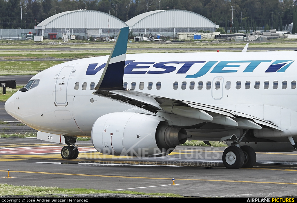 WestJet Airlines C-FWSO aircraft at Mexico City - Licenciado Benito Juarez Intl