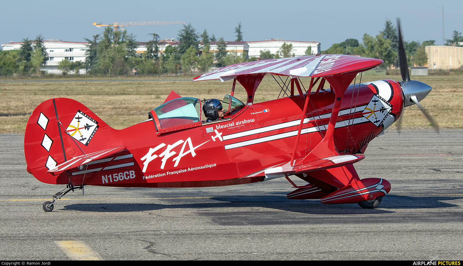 Split Image Aerobatic Team N156CB aircraft at Toulouse - Francazal