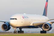 N867DA - Delta Air Lines Boeing 777-200ER aircraft