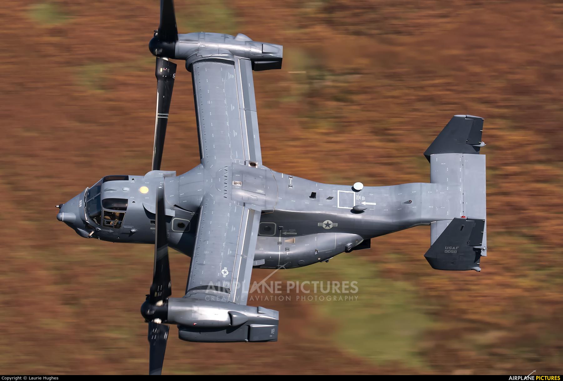 USA - Air Force 11-0058 aircraft at Machynlleth Loop - LFA 7