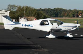 F-PHAC - Private Dyn Aero MCR4s