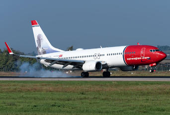 LN-NGC - Norwegian Air Shuttle Boeing 737-800