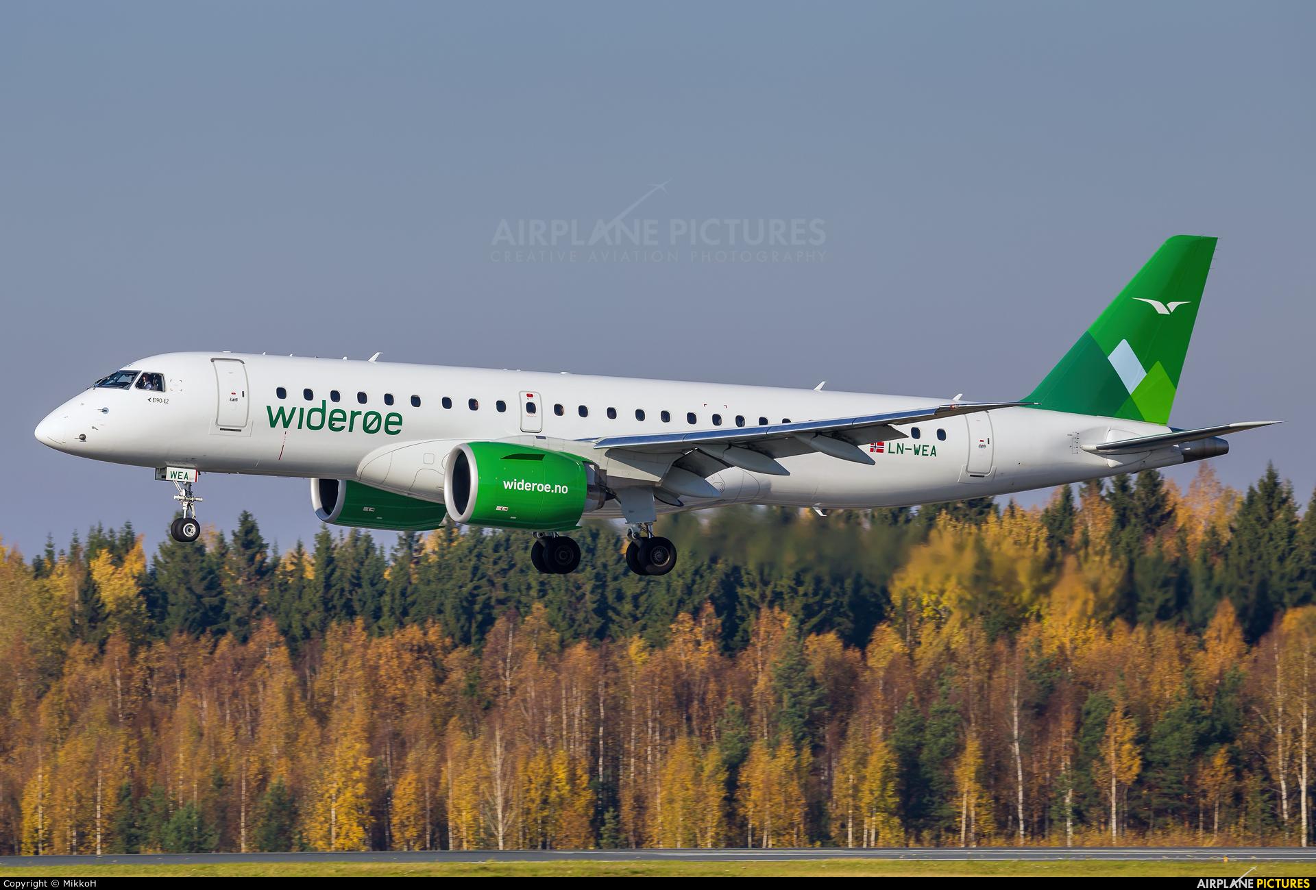 Widerøe LN-WEA aircraft at Helsinki - Vantaa