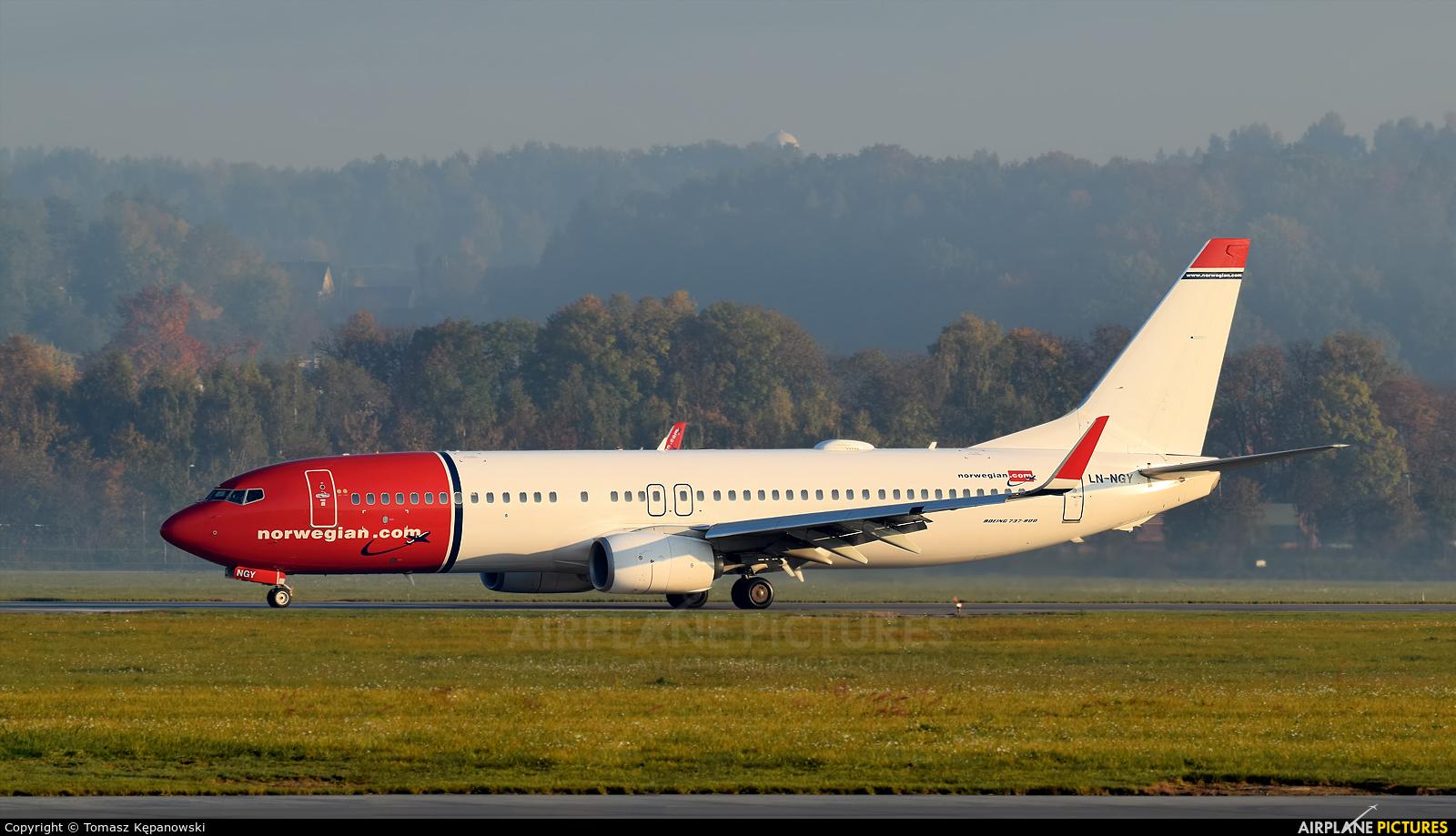 Norwegian Air Shuttle LN-NGY aircraft at Kraków - John Paul II Intl