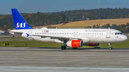 OY-KAN - SAS - Scandinavian Airlines Airbus A320