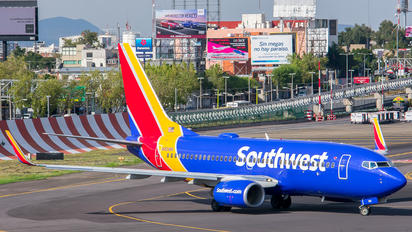 N561WN - Southwest Airlines Boeing 737-700