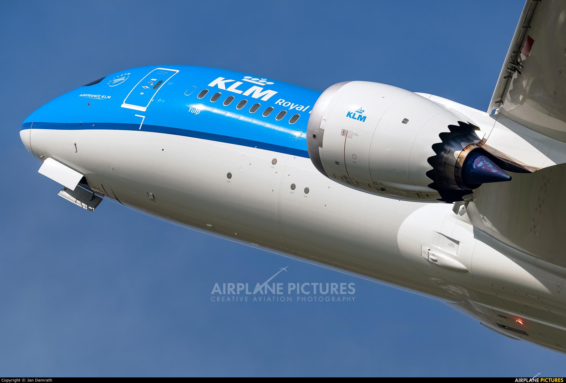 KLM PH-BHP aircraft at Amsterdam - Schiphol