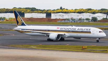 9V-SCB - Singapore Airlines Boeing 787-10 Dreamliner