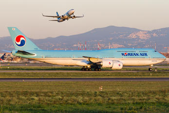 HL7643 - Korean Air Boeing 747-8