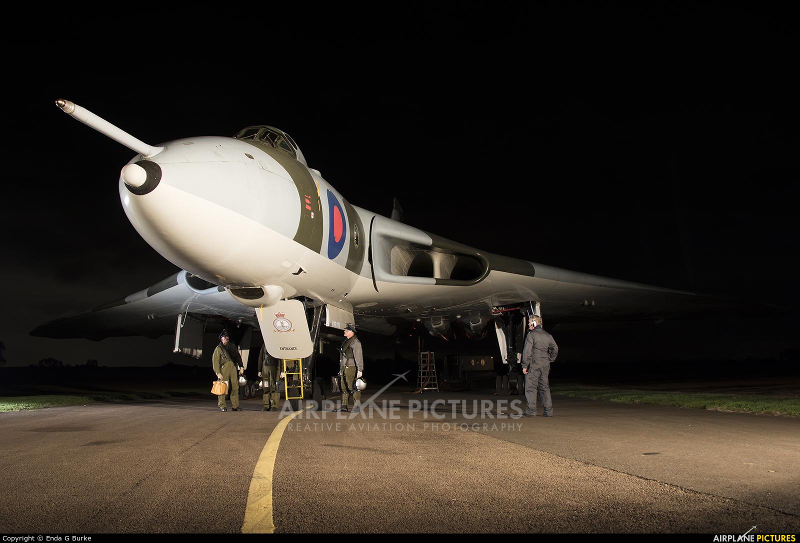 Royal Air Force XM655 aircraft at Wellesbourne Mountford