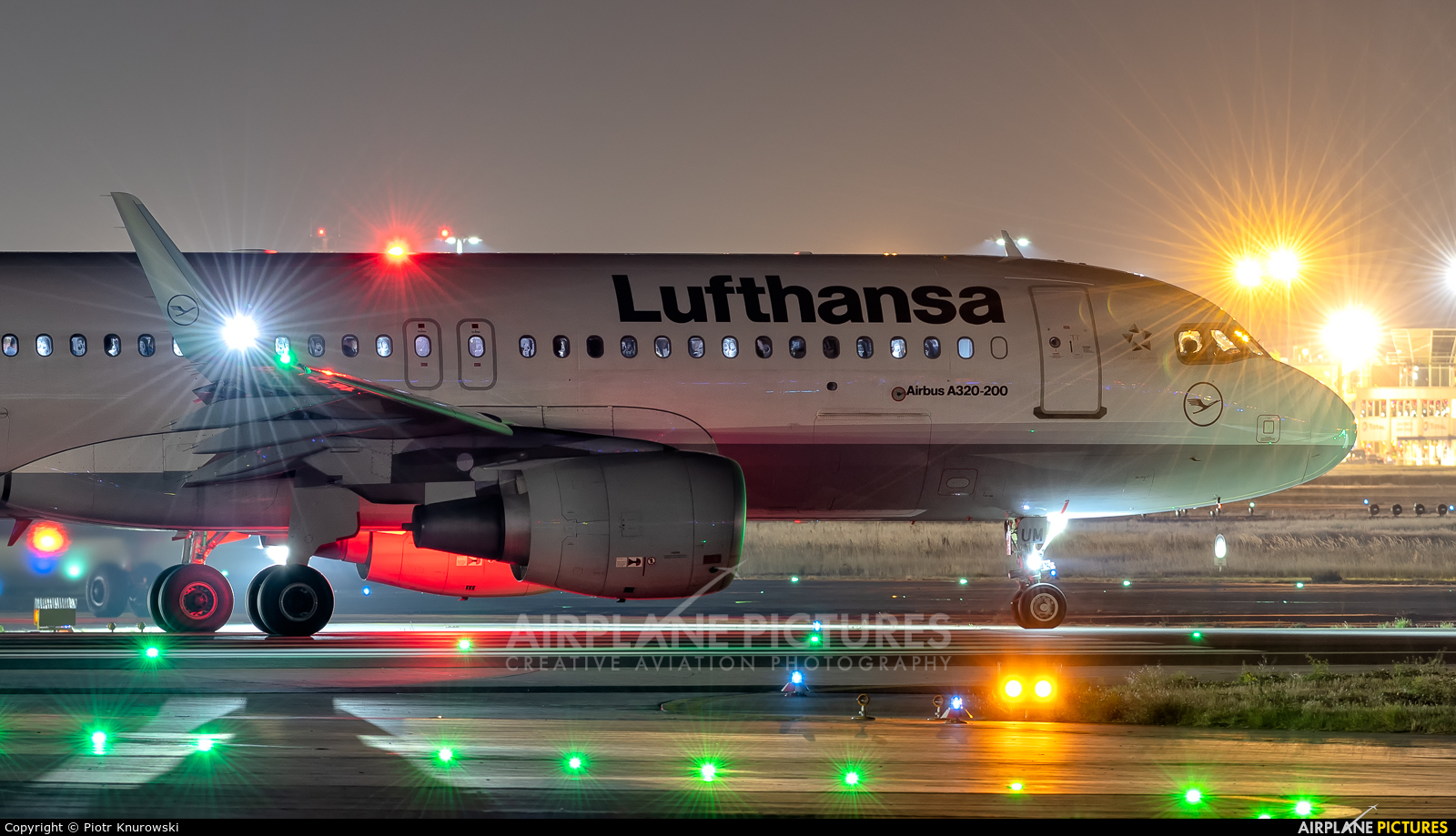 Lufthansa D-AIUM aircraft at Frankfurt