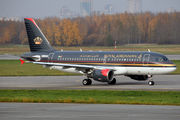 Royal Jordanian takes former Rossiya Airbus A319 title=