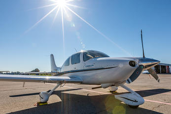 N167CD - Private Cirrus SR20