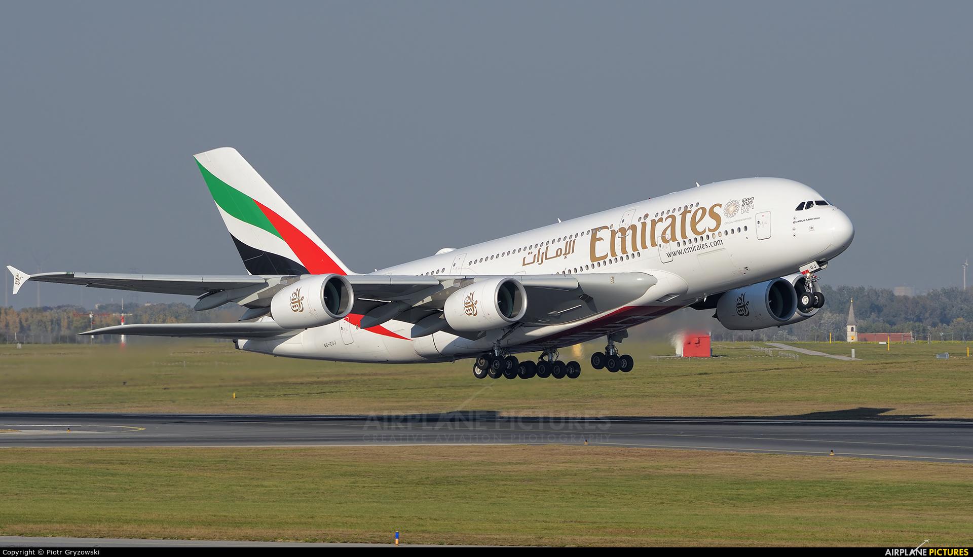 Emirates Airlines A6-EUJ aircraft at Vienna - Schwechat