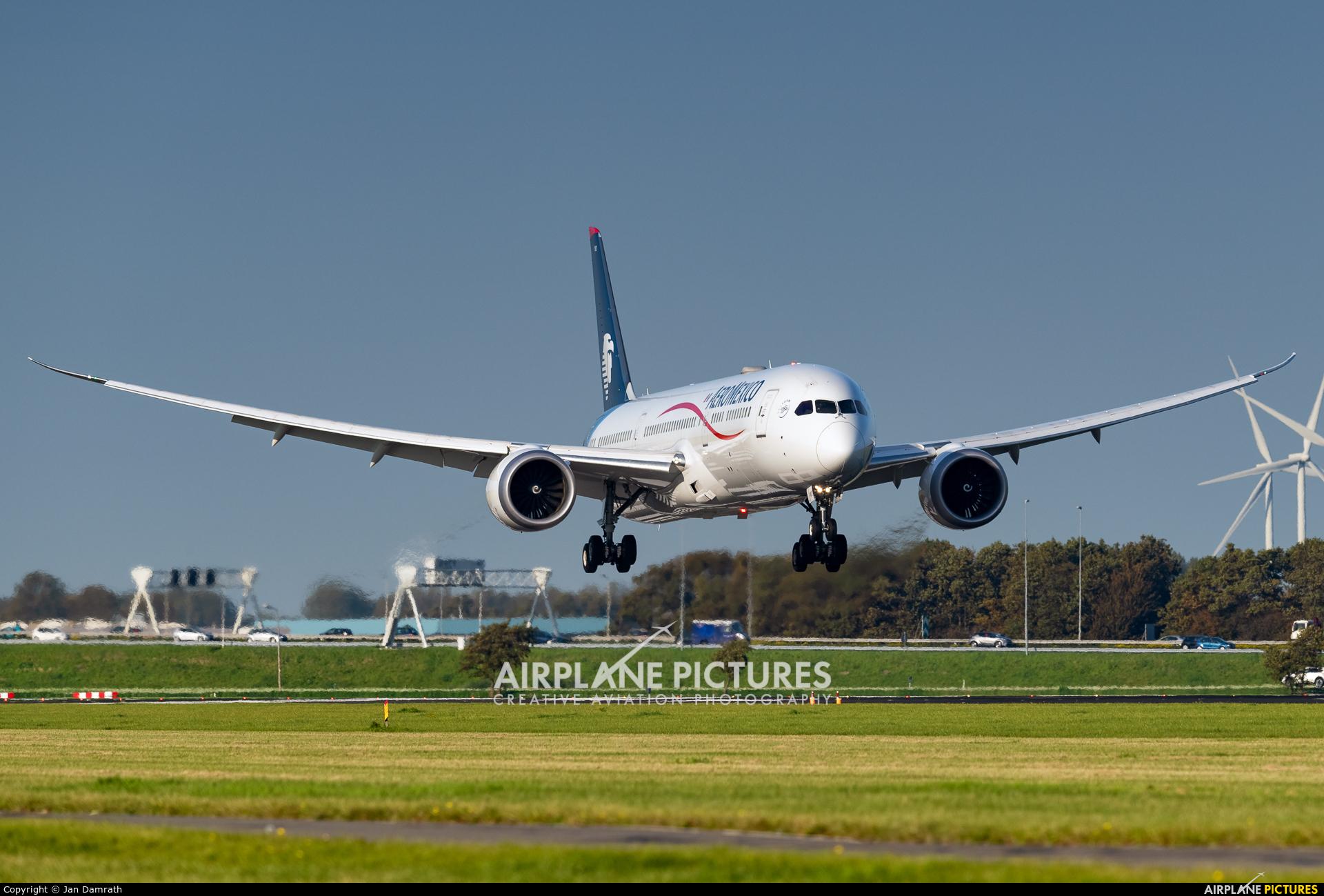 Aeromexico N183AM aircraft at Amsterdam - Schiphol