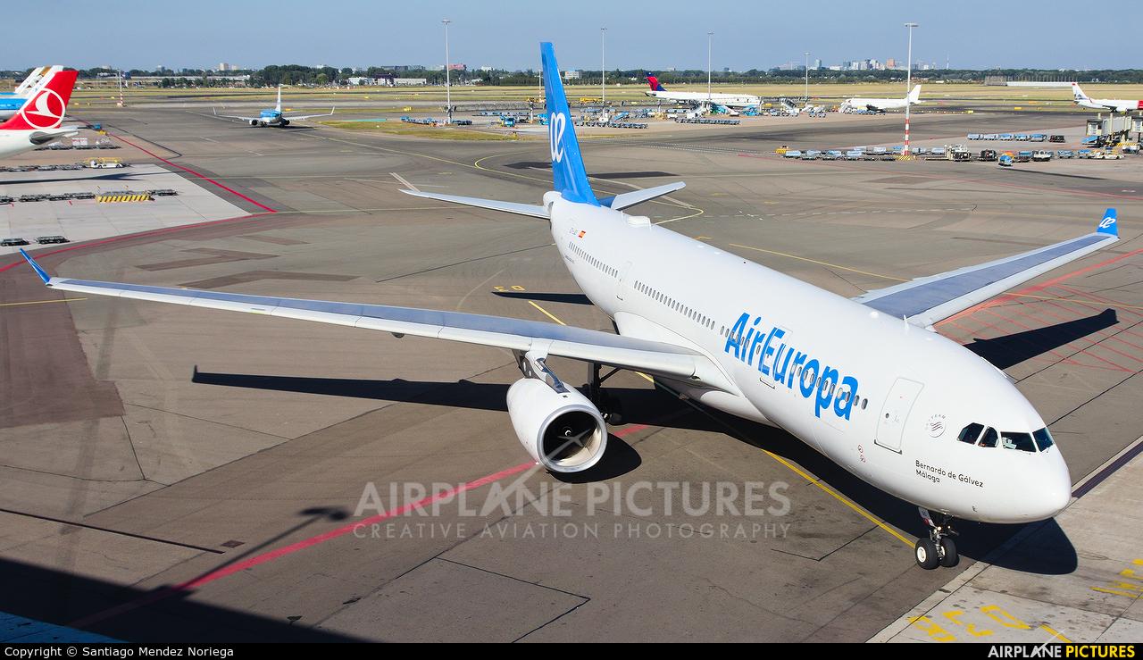 Air Europa EC-LQO aircraft at Amsterdam - Schiphol