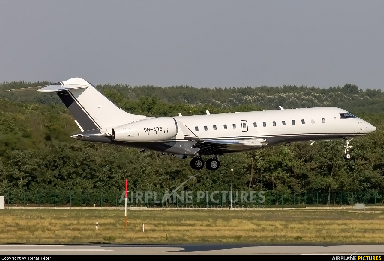 Albinati Aéronautics 9H-ARE aircraft at Budapest Ferenc Liszt International Airport