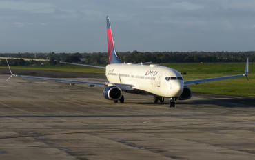 N856DN - Delta Air Lines Boeing 737-900ER