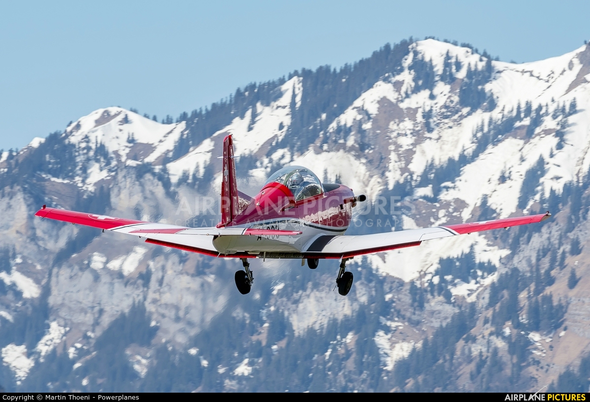 Switzerland - Air Force A-933 aircraft at Meiringen