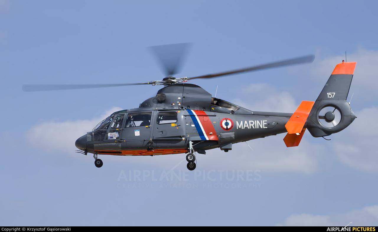 France - Navy 157 aircraft at Lens - Bénifontaine