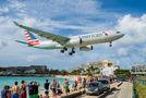 American Airlines N282AY