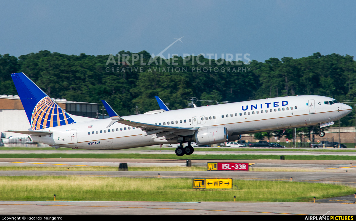 United Airlines N30401 aircraft at Houston - George Bush Intl