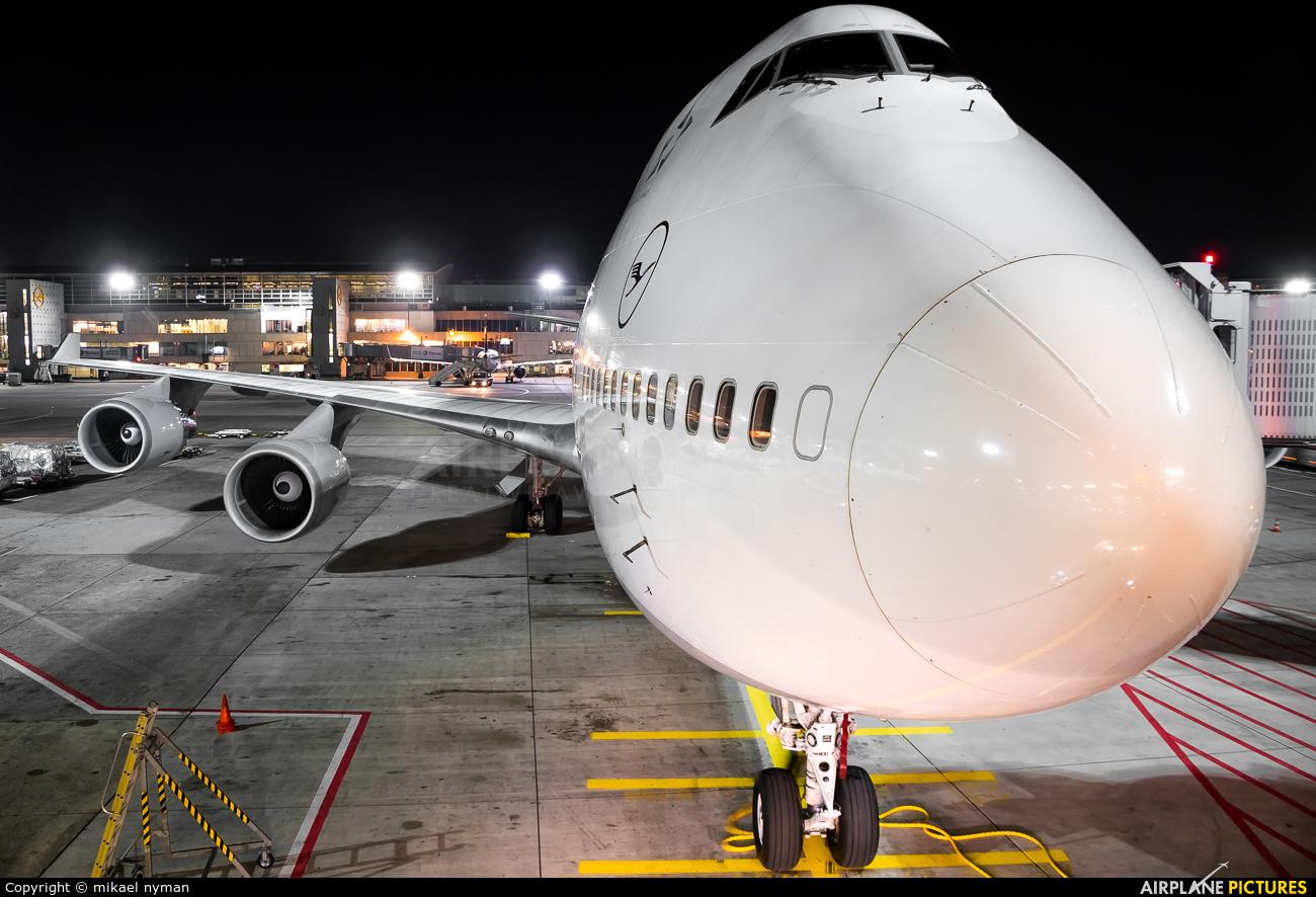 Lufthansa D-ABTK aircraft at Frankfurt