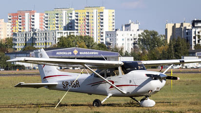 SP-ISR - Private Cessna 172 Skyhawk (all models except RG)