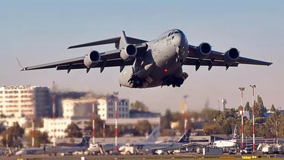 09-9208 - USA - Air Force Boeing C-17A Globemaster III
