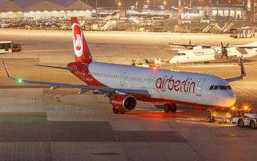 OE-LCP - Niki Airbus A321