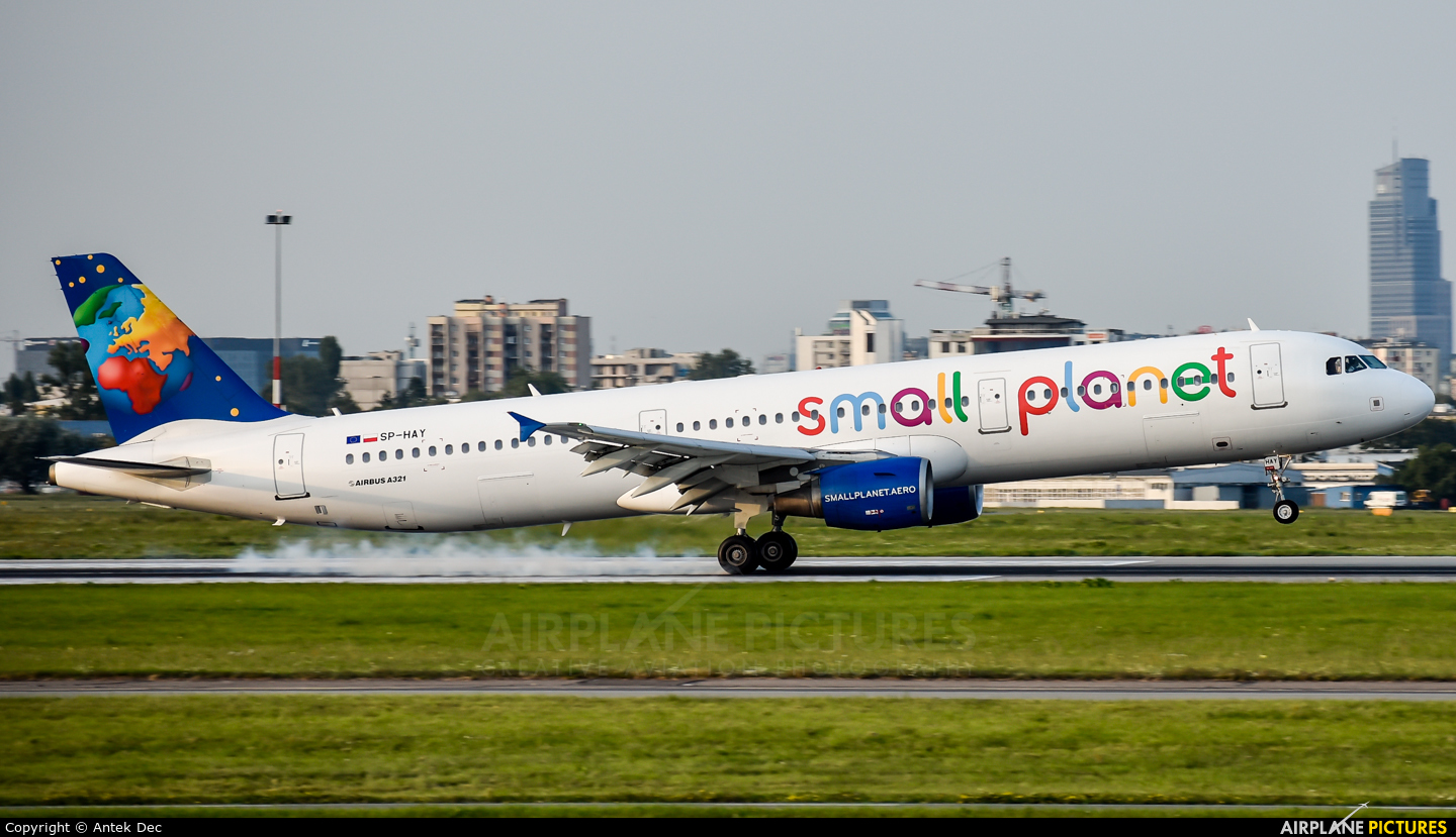 Small Planet Airlines SP-HAY aircraft at Warsaw - Frederic Chopin