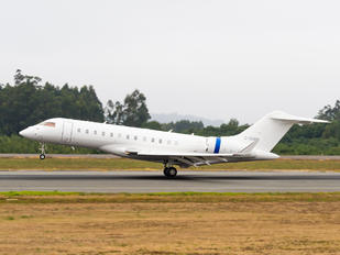 C-GHSW - Skyservice Business Aviation Bombardier BD-700 Global Express