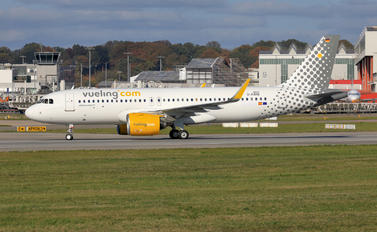 D-AXAB - Vueling Airlines Airbus A320