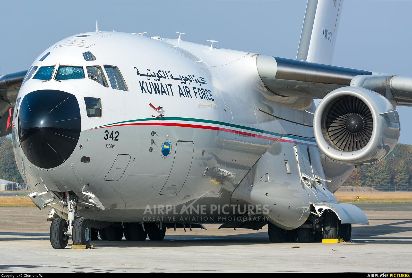 Kuwait - Air Force KAF342 aircraft at Paris - Le Bourget