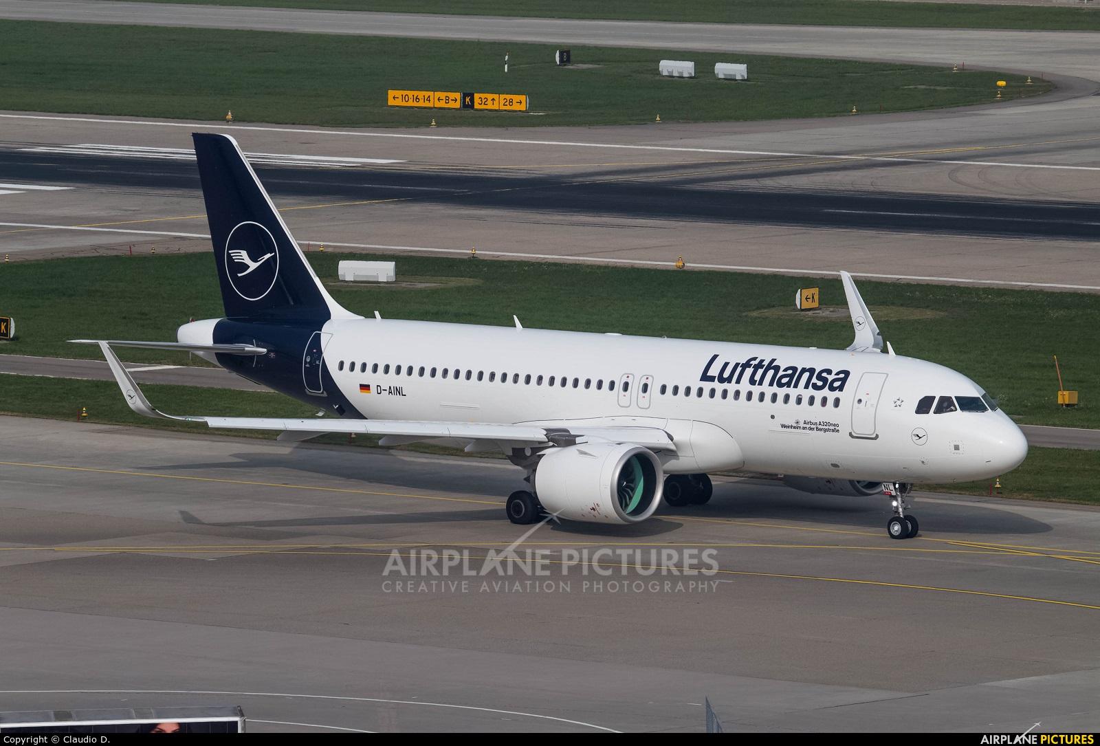 Lufthansa D-AINL aircraft at Zurich