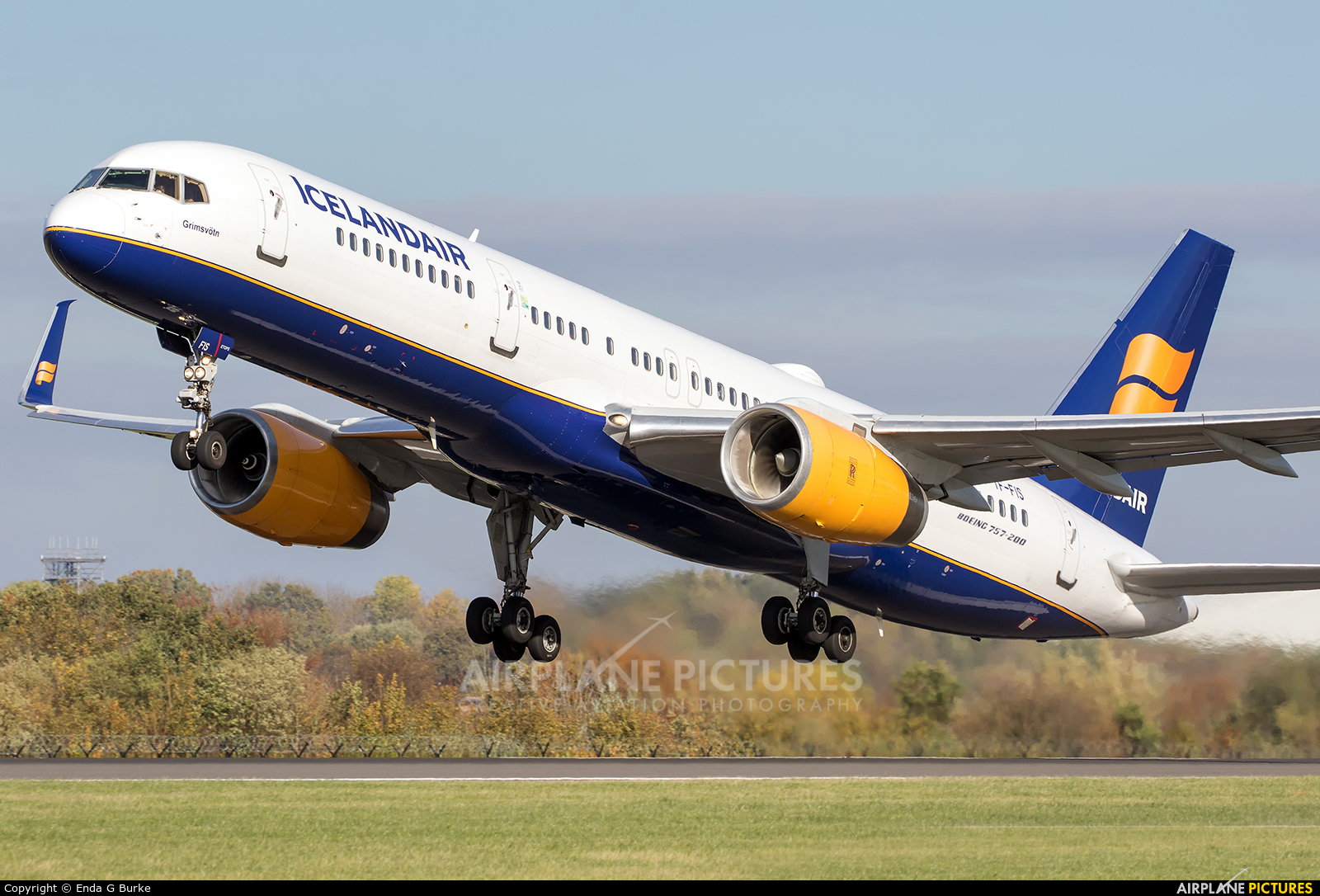 Icelandair TF-FIS aircraft at Manchester