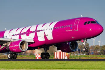 TF-PRO - WOW Air Airbus A321