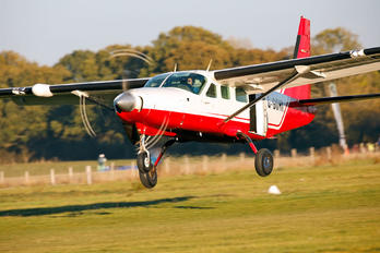 G-GOHI - Headcorn Parachute Club Cessna 208 Caravan