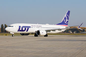 SP-LVC - LOT - Polish Airlines Boeing 737-8 MAX