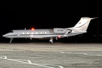 N177BB - Private Gulfstream Aerospace G-IV,  G-IV-SP, G-IV-X, G300, G350, G400, G450